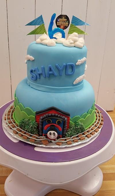 Cake 15 crop